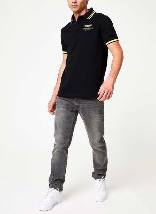 Vêtements Hackett London AMR TIP CLLR Noir vue bas / vue portée sac