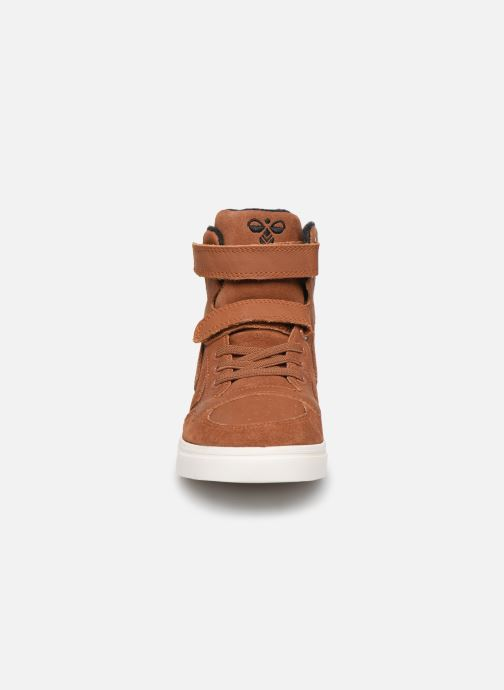 Trainers Hummel Stadil Winter High JR Brown model view