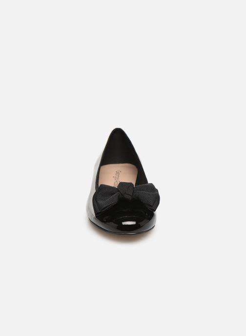Ballerines Georgia Rose Sutira Noir vue portées chaussures