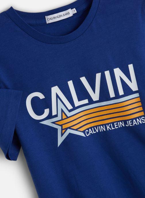 Vêtements Calvin Klein Calvin Star Print Oc Bleu vue portées chaussures