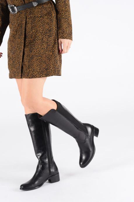 Stiefel Georgia Rose Nablaka schwarz ansicht von unten / tasche getragen