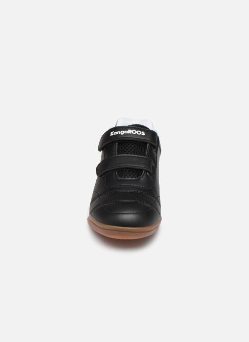 Zapatillas de deporte Kangaroos Courtyard V Negro vista del modelo