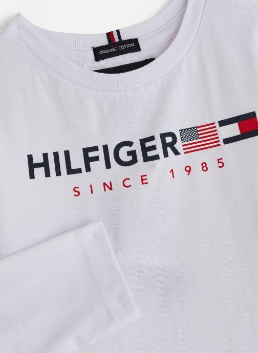 Vêtements Tommy Hilfiger FLAGS GRAPHIC TEE Blanc vue portées chaussures