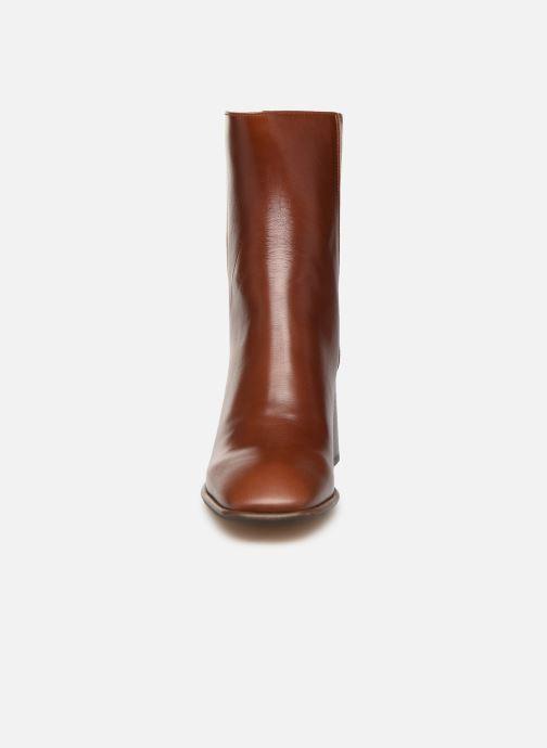 Boots en enkellaarsjes E8 by Miista Inka Bruin model