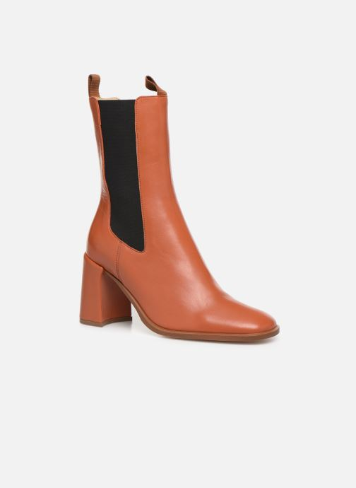 Ankle boots E8 by Miista Mille Brown detailed view/ Pair view