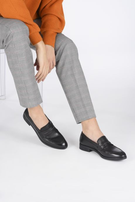 Loafers Georgia Rose Arila Black view from underneath / model view