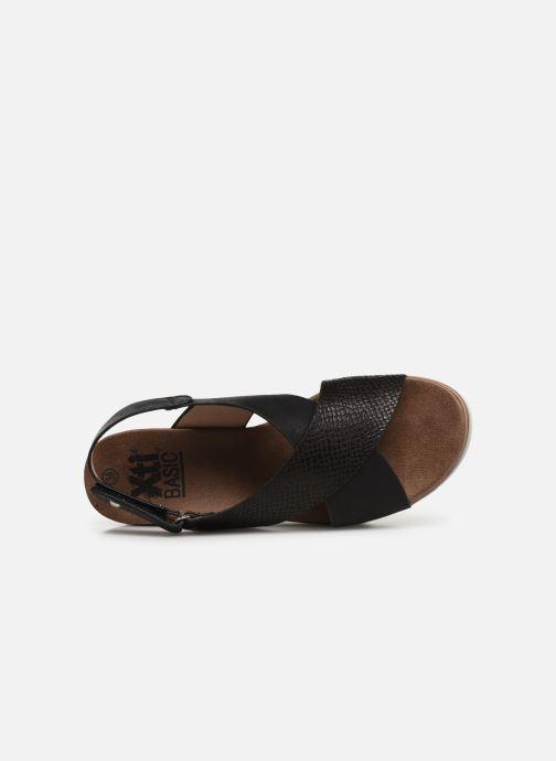 Sandales et nu-pieds Xti 47938 Noir vue gauche