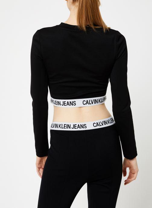 Vêtements Calvin Klein Jeans MILANO LS SLEEVE TOP Noir vue portées chaussures
