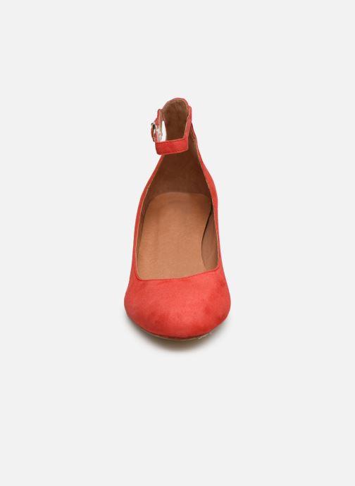 Zapatos de tacón Georgia Rose Exeri Rojo vista del modelo