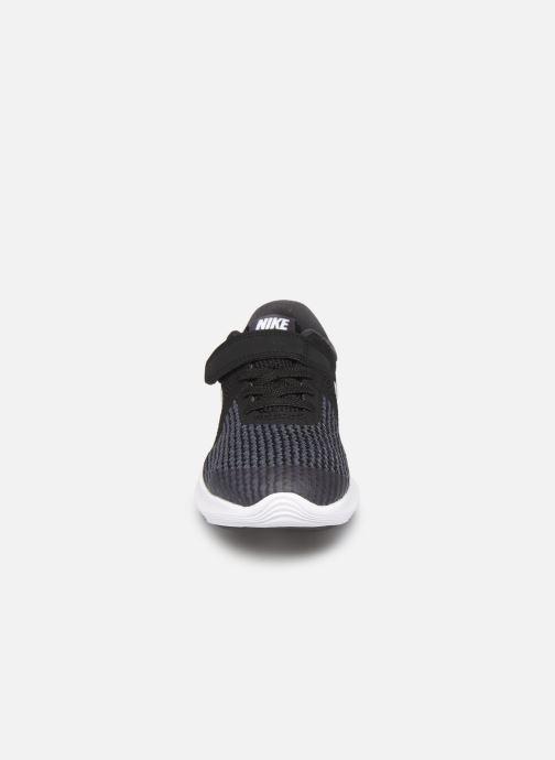 Sneaker Nike Nike Revolution 4 (Psv) schwarz schuhe getragen