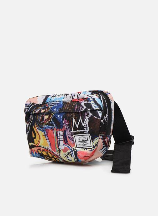 Petite Maroquinerie Herschel NINETEEN X BASQUIAT Multicolore vue portées chaussures