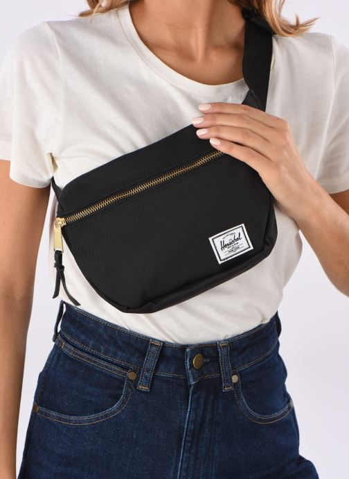 Portemonnaies & Clutches Herschel FIFTEEN schwarz ansicht von unten / tasche getragen