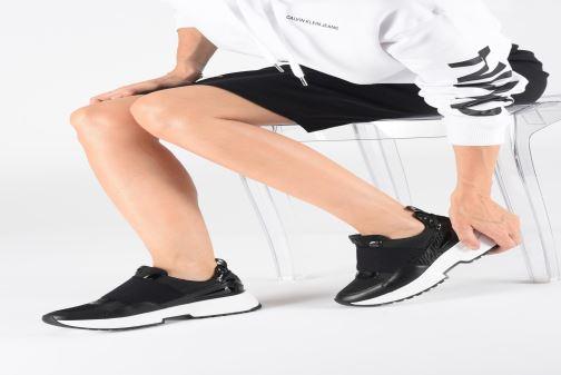 Sneakers Michael Michael Kors Cosmo Slip On Zwart onder