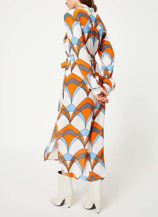 Vêtements Essentiel Antwerp Trootroo Blanc vue portées chaussures