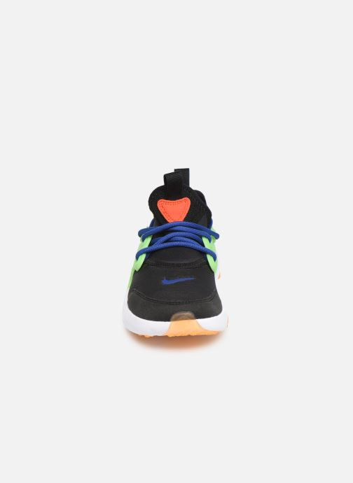 Baskets Nike Nike Rt Presto (Ps) Noir vue portées chaussures