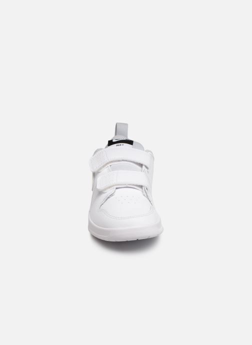Deportivas Nike Nike Pico 5 (Psv) Blanco vista del modelo