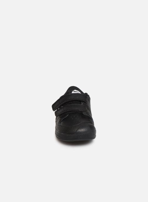 Deportivas Nike Nike Pico 5 (Tdv) Negro vista del modelo