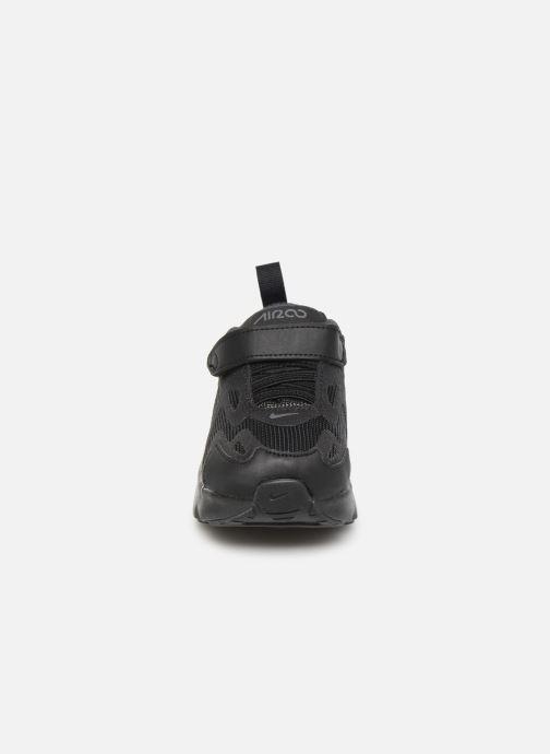 Deportivas Nike Nike Air Max 200 (Td) Negro vista del modelo