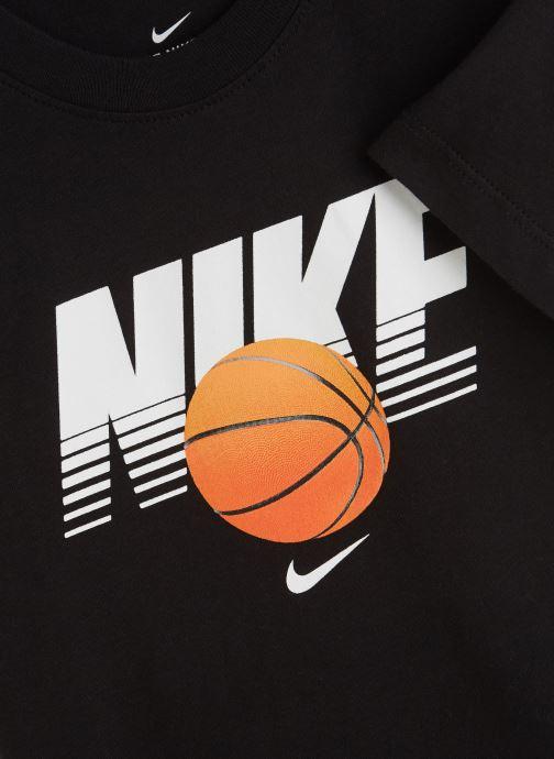 Vêtements Nike Nike Sportswear Tee Basketball Ball Noir vue portées chaussures