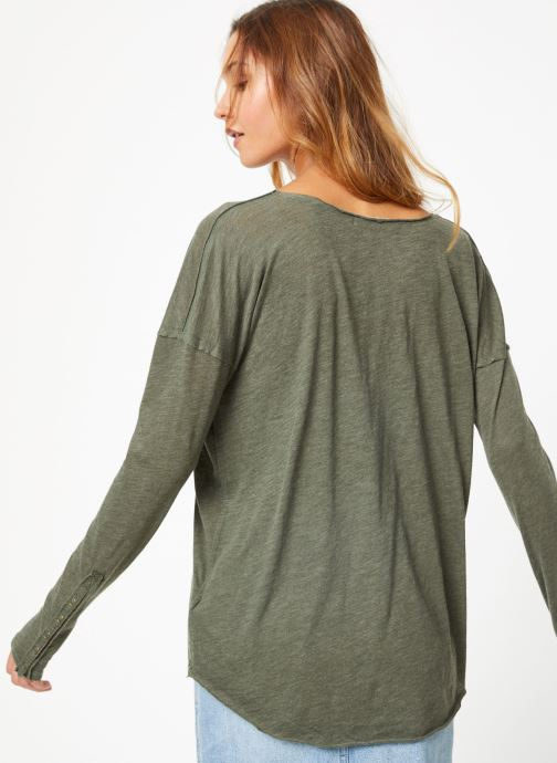 Kleding Free People SIENNA TEE Groen model