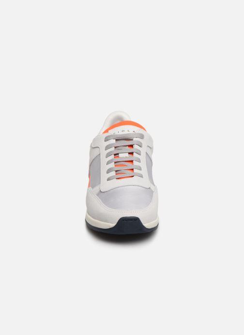 Sneakers Piola CALLAO Bianco modello indossato