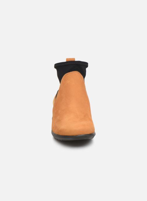 Bottines et boots Hirica Sacha C Jaune vue portées chaussures