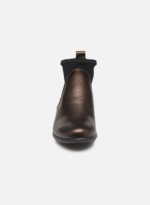 Bottines et boots Hirica Sacha C Marron vue portées chaussures