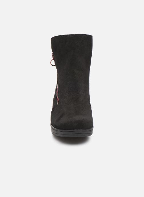Bottines et boots Hirica Christina C Noir vue portées chaussures