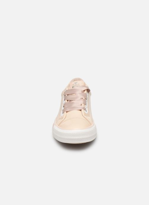 Baskets Mustang shoes 1313301 Blanc vue portées chaussures