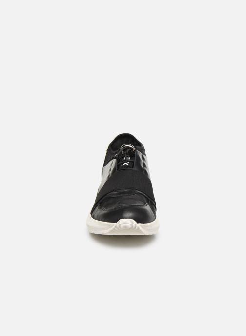 Sneaker The Flexx Titan schwarz schuhe getragen