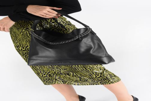 Handbags Love Moschino EASY CHAIN EASY GO HOBO Black view from underneath / model view