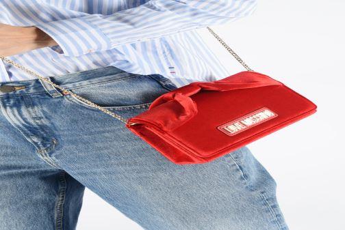 Bolsos de mano Love Moschino EVENING BAG VELVET Rojo vista de abajo