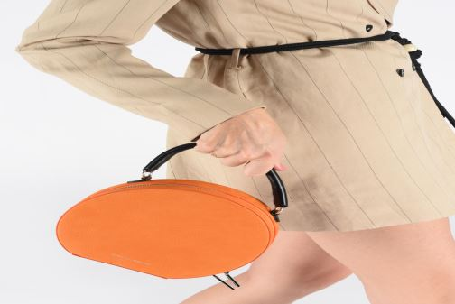 Sacs à main Rebecca Minkoff CIRCLE BAG CROSSBODY NUBUCK Orange vue bas / vue portée sac
