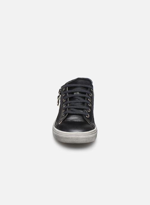Baskets Bopy Silidi Gris vue portées chaussures
