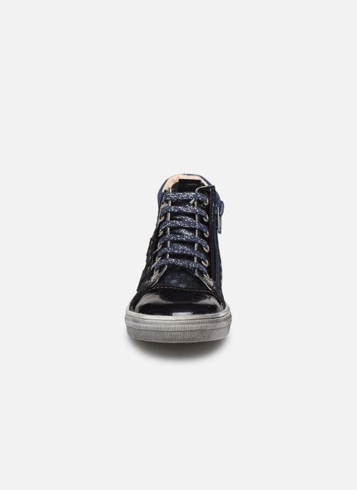 Sneakers Bopy Sanae Azzurro modello indossato