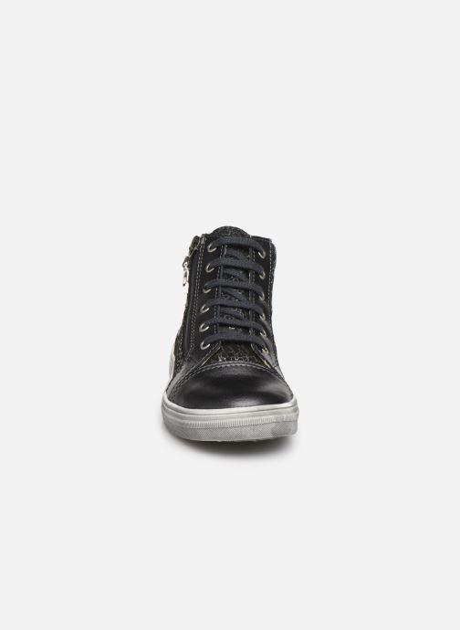 Baskets Bopy Silaho Gris vue portées chaussures