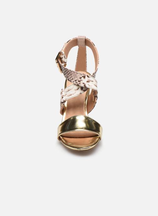 Sandalen Vanessa Wu SD1266 gold/bronze schuhe getragen