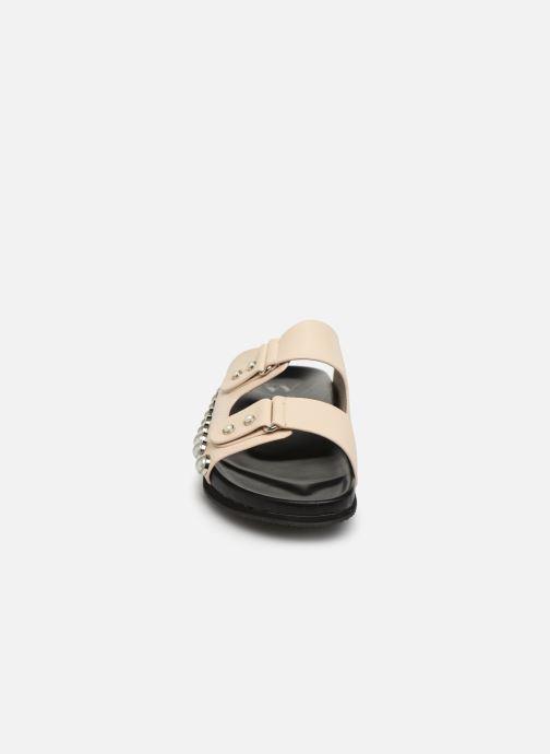 Mules et sabots Vanessa Wu SD1783 Beige vue portées chaussures