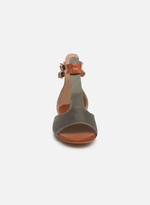 Sandales et nu-pieds Vanessa Wu SD1793 Vert vue portées chaussures