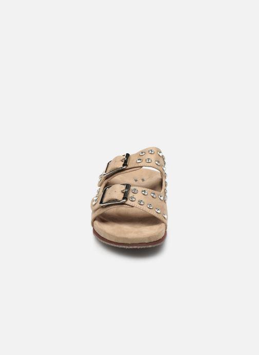 Mules et sabots Vanessa Wu SD1736 Beige vue portées chaussures