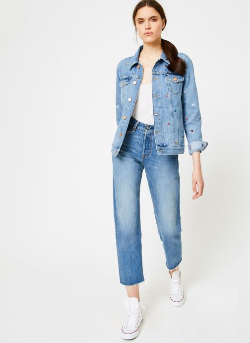 Vêtements Tommy Jeans REGULAR TRUCKER JACKET W Bleu vue bas / vue portée sac