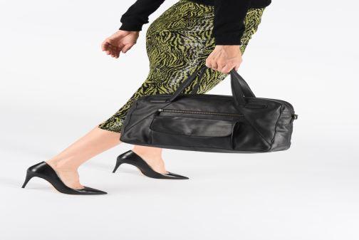 Sacs à main Pieces Collina Leather Bag Noir vue bas / vue portée sac