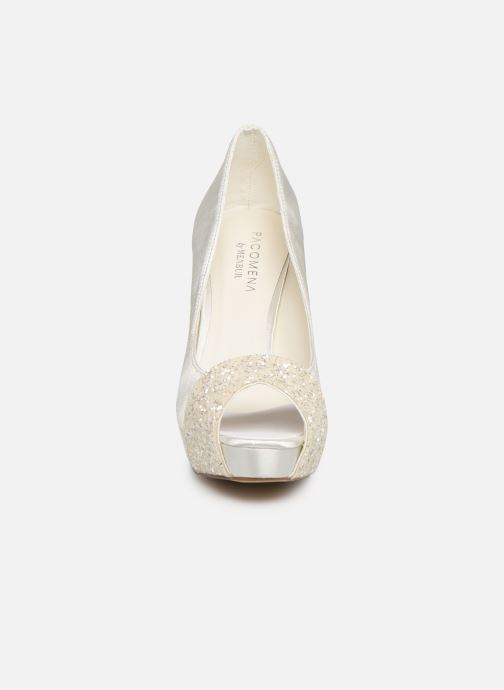 High heels Menbur 6205 White model view