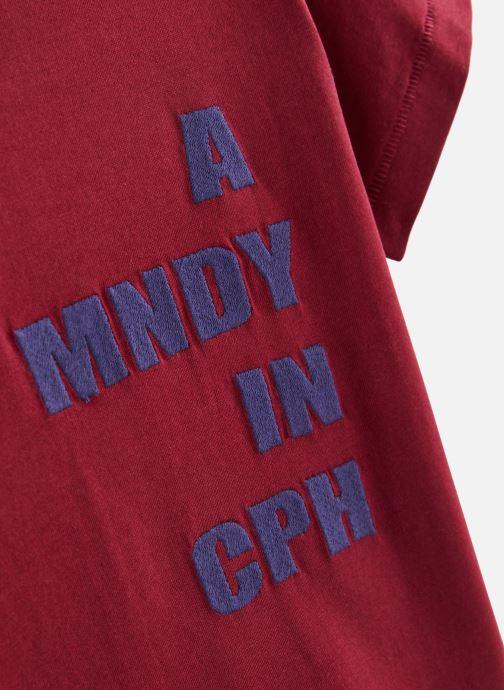Vêtements A Monday In Copenhagen  CPH T-shirt Bordeaux vue portées chaussures