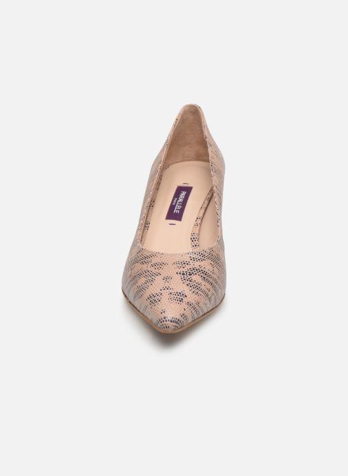 Zapatos de tacón Parallèle Nafta C Beige vista del modelo