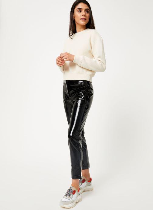 Vêtements Suncoo Pantalon Julie Noir vue bas / vue portée sac