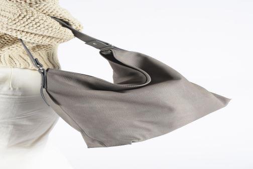Handtassen Esprit Tasha hobo Grijs onder