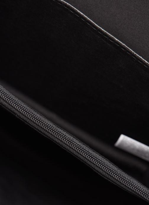 Handtassen Esprit Uma Leather shoulderbag Zwart achterkant
