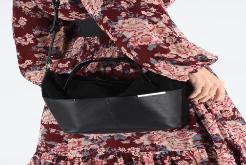 Sacs à main Esprit Uma Leather city bag Noir vue bas / vue portée sac
