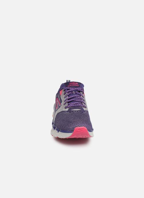 Chaussures de sport Skechers Go Run Max Road 3 Violet vue portées chaussures